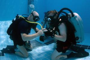 Ausbildung im Schwimmbad